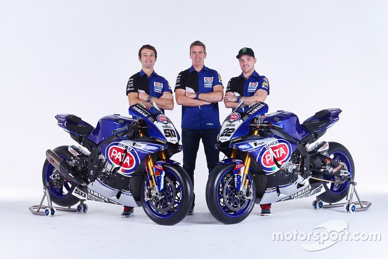 https://cdn-5.motorsport.com/static/img/mgl/6200000/6240000/6241000/6241700/6241765/s8/wsbk-2016-yamaha-wsbk-unveil-2016-sylvain-guintoli-and-alex-lowes-with-paul-denning-pata-y.jpg