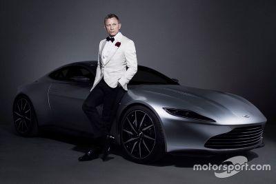 Aston Martin DB10 tanıtımı
