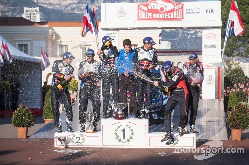 Podium: 1. Sébastien Ogier, Julien Ingrassia, Volkswagen Motorsport; 2. Andreas Mikkelsen, Anders Jäger, Volkswagen Motorsport; 3. Thierry Neuville, Nicolas Gilsoul, Hyundai Motorsport
