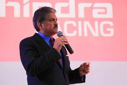 Anand Mahindra Presidente del grupo de Mahindra