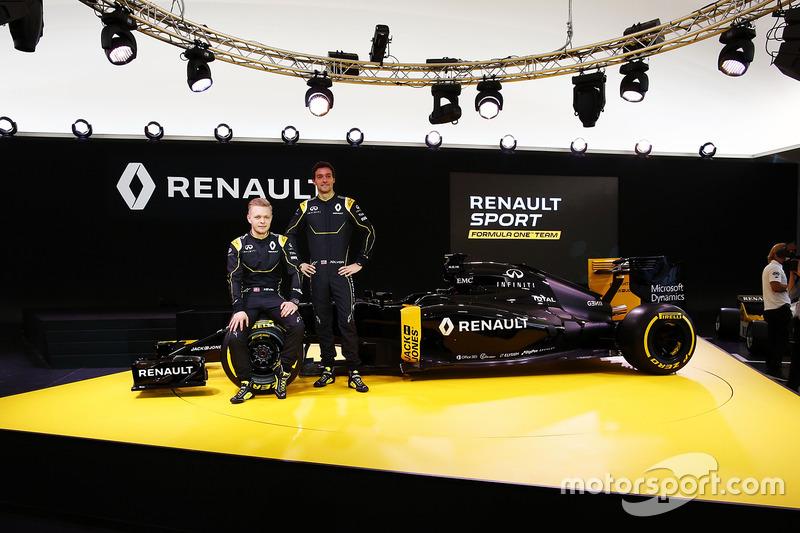 Na quarta-feira a Renault apresentou o modelo RS16, mas que aindanão tinha a pintura definitiva