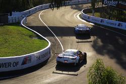 رقم 88 مارانيللو موتورسبورت فيراري 458 إيطاليا: ميكا سالو، توني فيلاندر، توني دالبيرتو، غرانت دينير