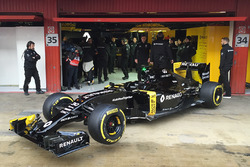 Renault Sport F1 Team RS16 roll out
