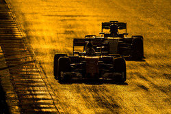 Sebastian Vettel, Ferrari SF16-H leads Nico Rosberg, Mercedes AMG F1 W07 Hybrid