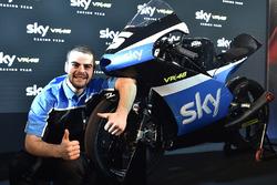 Sky Racing Team VR46 презентація