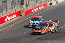 Andre Heimgartner, Lucas Dumbrell Motorsport Holden en Jason Bright, Brad Jones Racing Holden