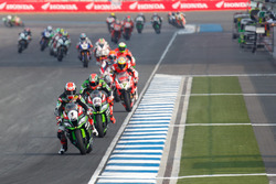 Jonathan Rea, Kawasaki Racing Team leads