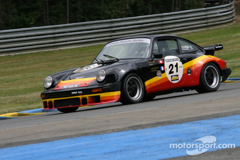 #21 Porsche 930 Turbo 1978: Joel Laplacette, Enzo Laplacette