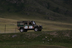 #4 Team Tropic Land Rover Defender 110: Mirko Risovic and Bojan Risovic