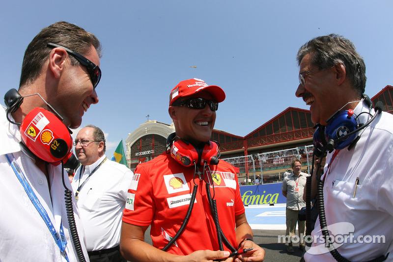 Michael Schumacher, Test Driver, Scuderia Ferrari and Dr. Mario Theissen, BMW Sauber F1 Team, BMW Mo