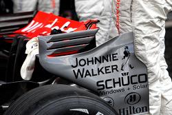 McLaren Mercedes, MP4-23, Rear wing