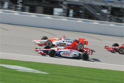 Darren Manning and Helio Castroneves running together