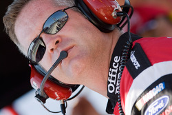 Bob Osborne crew chief for Carl Edwards