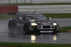 #61 Strakka Racing Aston Martin DBR9: Nick Leventis, Peter Hardman, Darren Turner