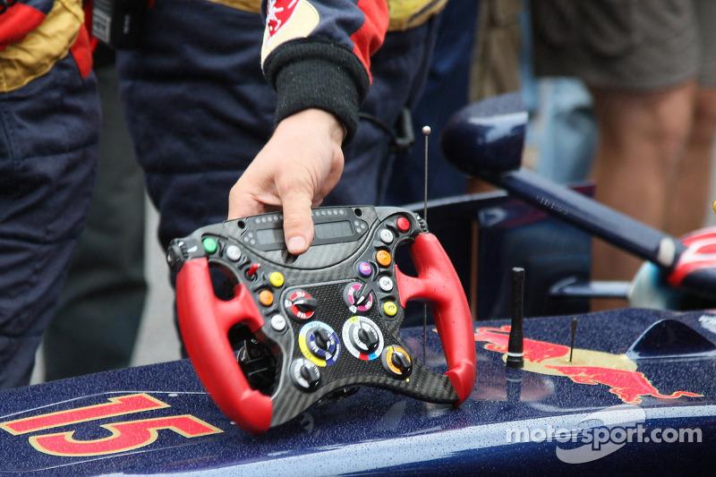 Sebastian Vettel, Scuderia Toro Rosso, volante