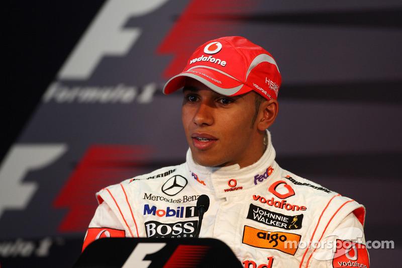 Conferencia de prensa de la FIA: Ganador de la pole Lewis Hamilton