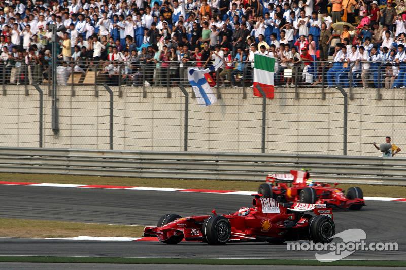 Kimi Raikkonen, Scuderia Ferrari, F2008 leads Felipe Massa, Scuderia Ferrari, F2008