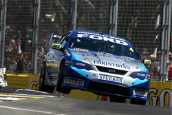 James Courtney (Jeld-Wen Motorsport Ford Falcon BF)