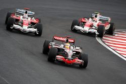 Lewis Hamilton, McLaren Mercedes, Timo Glock, Toyota F1 Team, Jarno Trulli, Toyota Racing