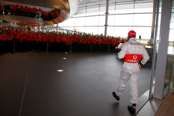 Lewis Hamilton arrives, McLaren Technology Centre