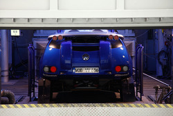 Volkswagen Motorsport: Volkswagen Race Touareg 2 in the climatic chamber in preparation for the Andes altitude