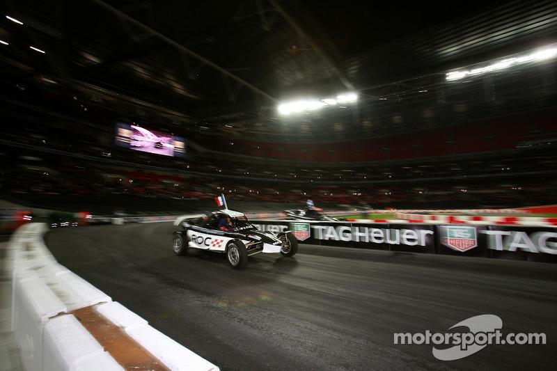 Final, race 3: Sébastien Loeb vs David Coulthard