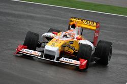 Нельсон Пике-мл. за рулем Renault R29