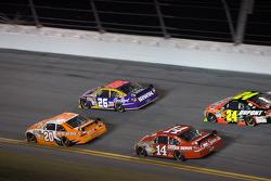 Jamie McMurray, Roush Fenway Racing Ford, Joey Logano, Joe Gibbs Racing Toyota, Jeff Gordon, Hendrick Motorsports Chevrolet, Tony Stewart, Stewart-Haas Racing Chevrolet