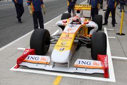 Nelson A. Piquet, Renault F1 Team, R29- Formula 1 Testing, Jerez