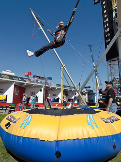 Action Sports Photographer Tami Kelly-Pope takes a break in the Daytona Fanzone