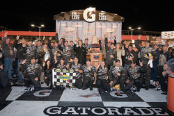 Victory lane: race winner Matt Kenseth, Roush Fenway Racing Ford celebrates with his team