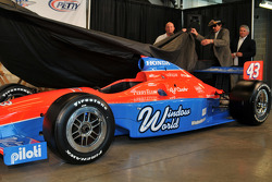 The unveiling of John Andretti's #43 car