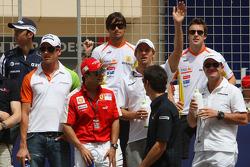 Kazuki Nakajima, Williams F1 Team, Adrian Sutil, Force India F1 Team, Felipe Massa, Scuderia Ferrari, Nelson A. Piquet, Renault F1 Team, Jenson Button, Brawn GP, Mark Webber, Red Bull Racing, Fernando Alonso, Renault F1 Team and Rubens Barrichello, Brawn