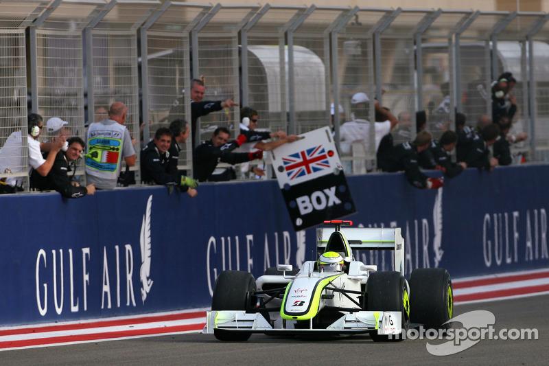 Race winner Jenson Button, Brawn GP celebrates
