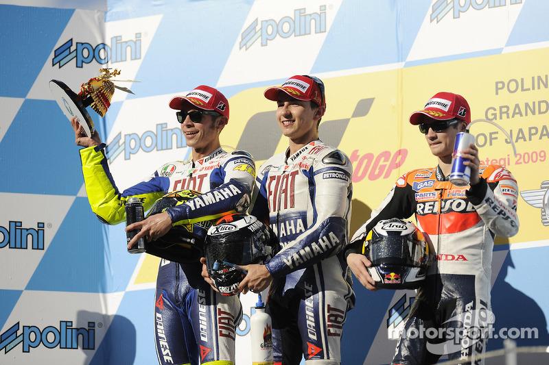 Podium 2009: Pemenang balapan, Jorge Lorenzo, Fiat Yamaha Team, peringkat kedua, Valentino Rossi, Fiat Yamaha Team, peringkat ketiga, Dani Pedrosa, Repsol Honda Team