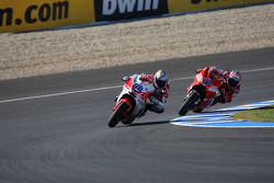 Николо Канепа, Pramac Racing, и Кейси Стоунер, Ducati Marlboro Team