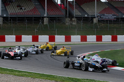 Rupert Svendson-Cook Robertson Racing and Jack Te Braak, Muecke Motorsport off the track