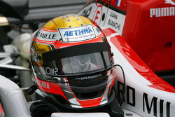Casco de Jules Bianchi, ART Grand Prix, Dallara F308 Mercedes
