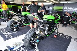 #23 Kawasaki World Superbike Racing Team Kawasaki ZX 10R