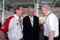 Max Mosley FIA President talks with Jonathan Palmer