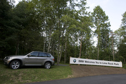 Lime Rock Park welcome sign