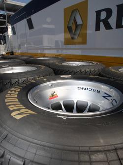 Bridgestone wet tires in front of the Renault truck