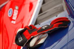 Diego Nunes racing gloves