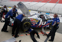 Matt Kenseth's crew makes changes to the Citi Ford