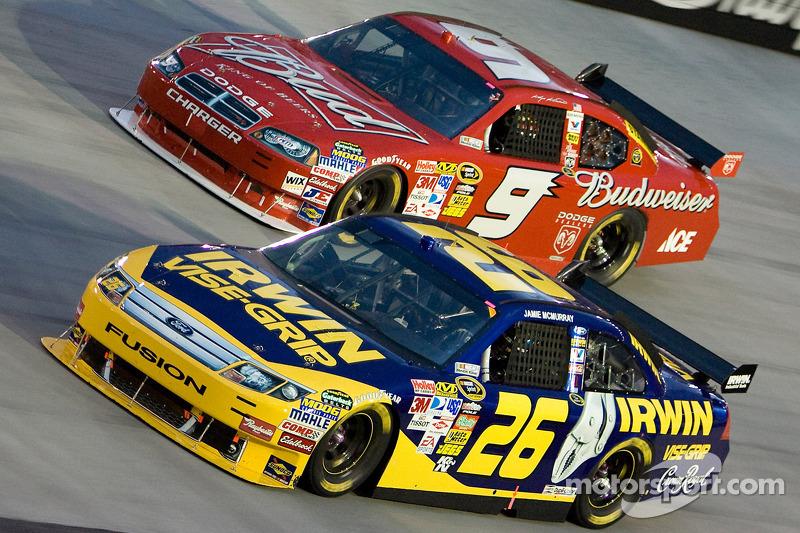 Jamie McMurray, Roush Fenway Racing Ford, Kasey Kahne, Richard Petty Motorsports Dodge