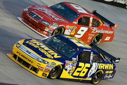 Jamie McMurray, Roush Fenway Racing Ford, Kasey Kahne, Richard Petty Motorsports Dodge