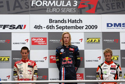 Podium, Alexander Sims, Mücke Motorsport, Dallara F308 Mercedes, Brendon Hartley, Carlin Motorsport, Dallara F308 Volkswagen, Sam Bird, Mücke Motorsport, Dallara F308 Mercedes