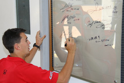 Graham Rahal, Newman/Haas/Lanigan Racing signs his name
