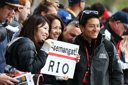 Rio Haryanto, Manor Racing, mit Fans