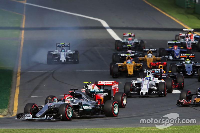 Lewis Hamilton, Mercedes AMG F1 Team W07 al inicio de la carrera
